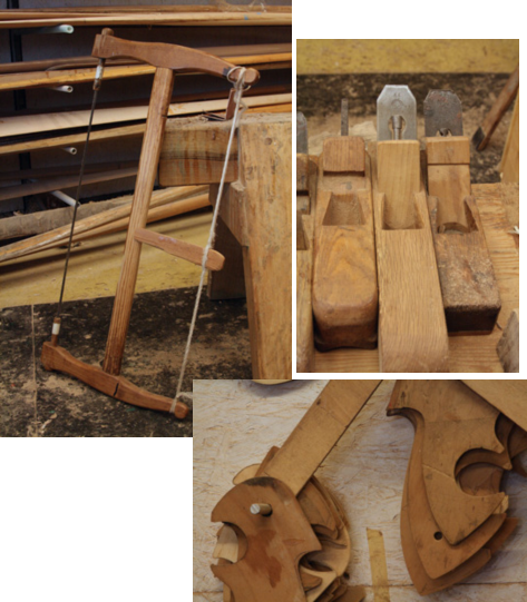 Sawbows, templates of rowlocks and planers in Saverio Pastor's workshop