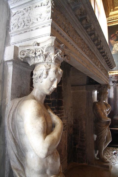 Venice, Doge's palace, Bussola Hall