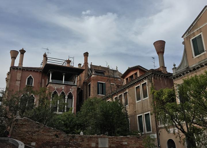 Venice, Ca' Dario, Chimney Pots