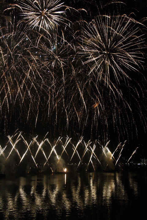 Venice, Redentore fireworks in gold