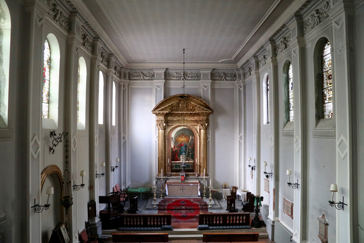 St. George's Anglican Church in Venice, interior with the altar piece
