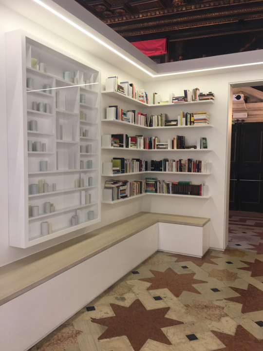 Porcelain and books composing the library of exile by Edmund de Waal, Venice, 2019